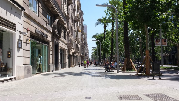 Modern Architecture In Barcelona avinguda diagonal - barcelona diagonal avenue take a walk on