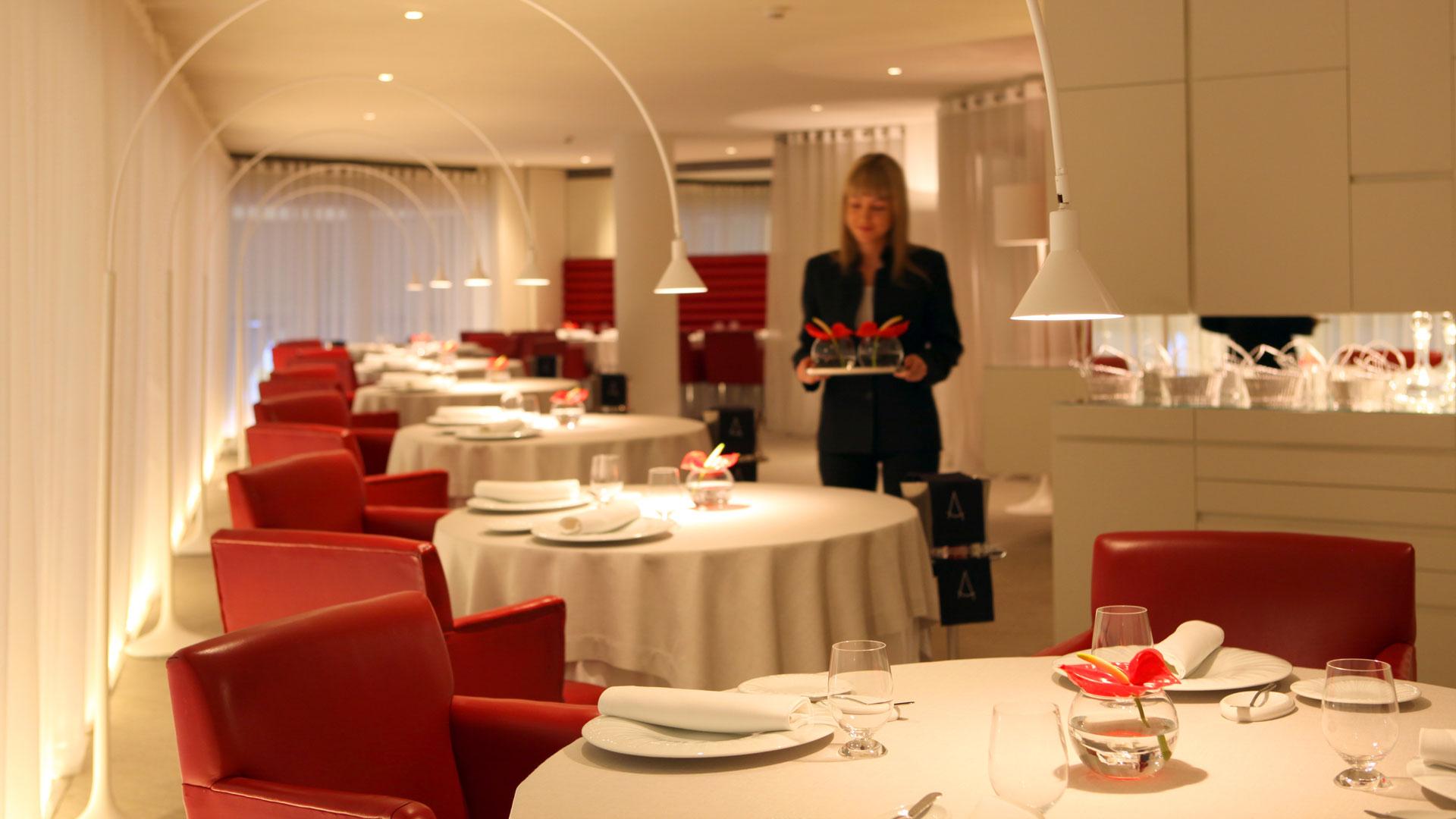 Michelin starred restaurants in barcelona restaurants for Hotel michelin