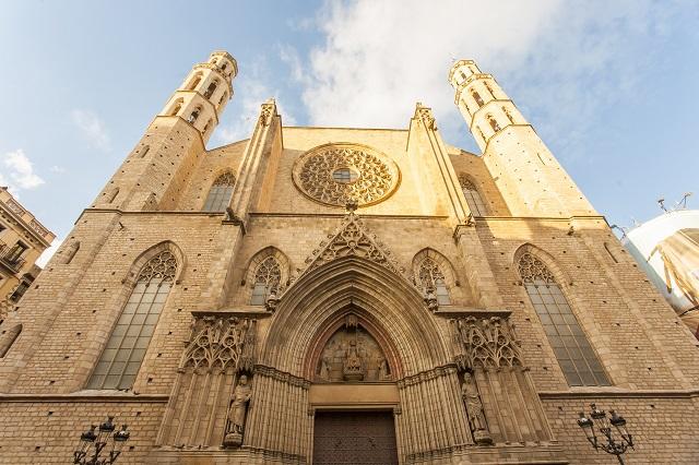 things to do in el born - Santa Maria del Mar Barcelona