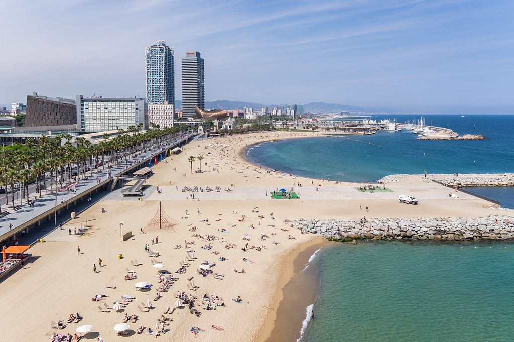 Living in Barcelona costs and Barcelona beaches