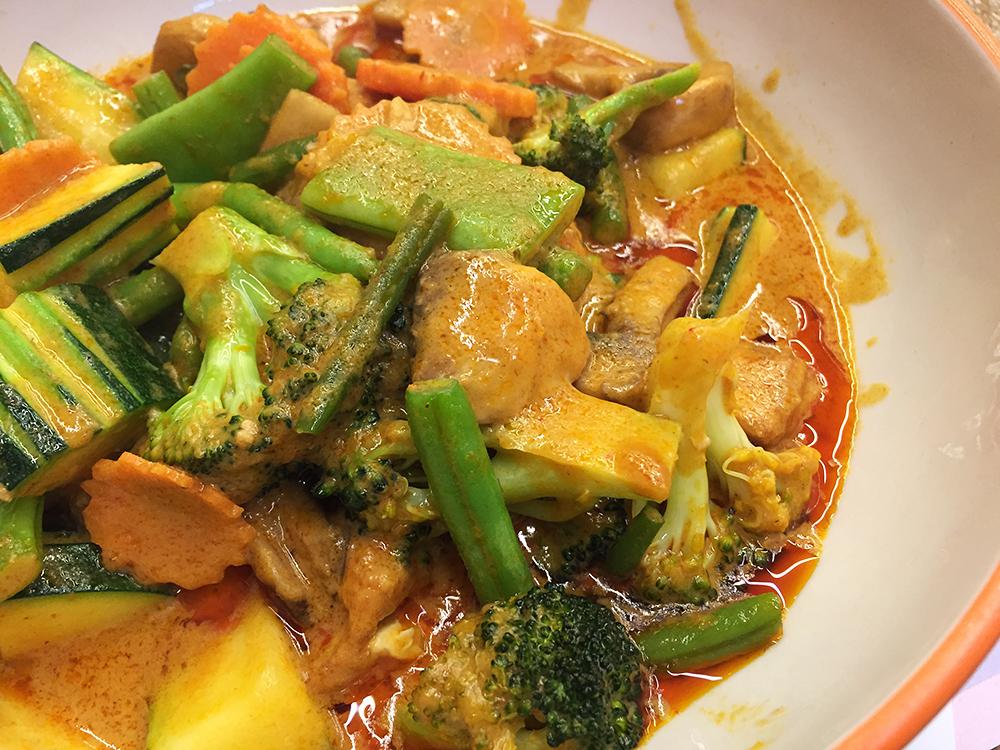 Delivery restaurants in Barcelona - PEtit bangkok