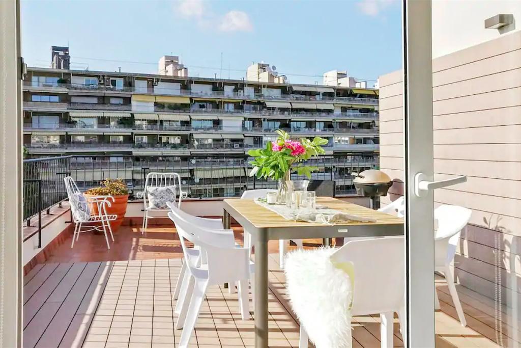 Apartment-Zona-Alta-Barcelona-Ferran-Batik-Barcelona blog